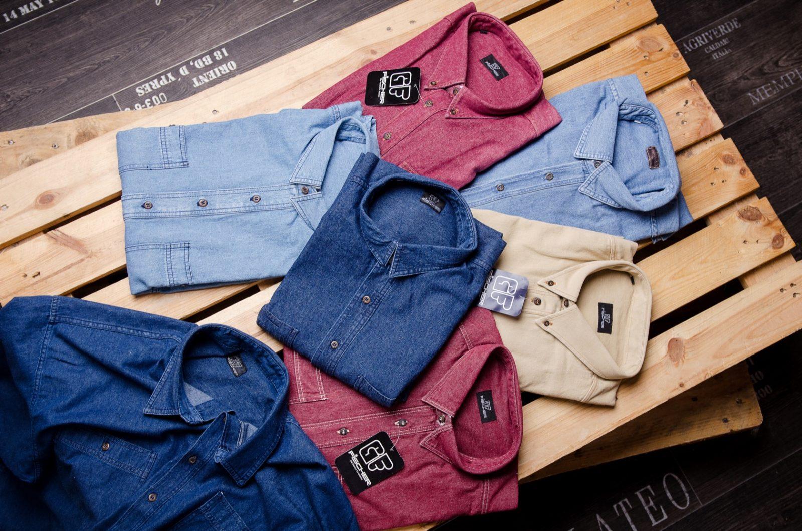 Auswahl an edlen Hemden für Männer in Übergröße
